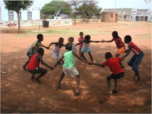 african-children-playing